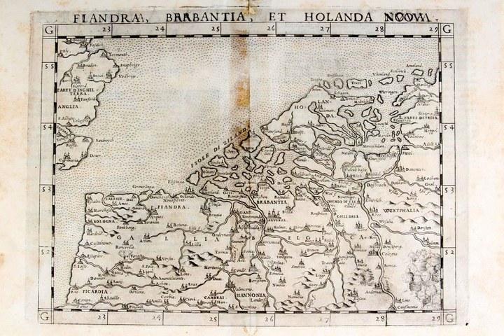 Veiling bijzondere oude prenten, kaarten en plattegronden
